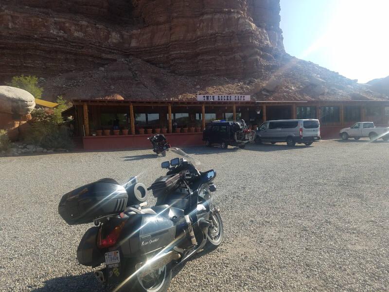Twin Rocks Cafe