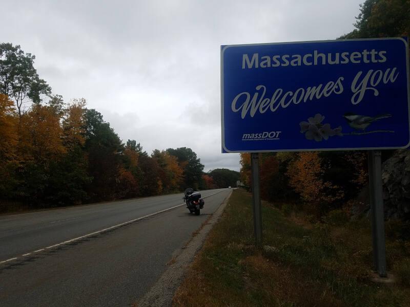 Massachusetts state line