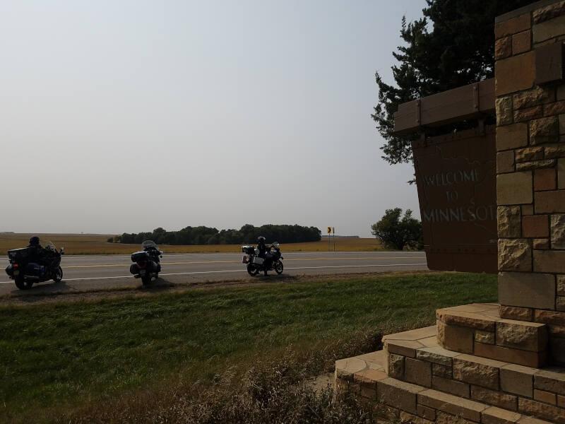 Minnesota state line