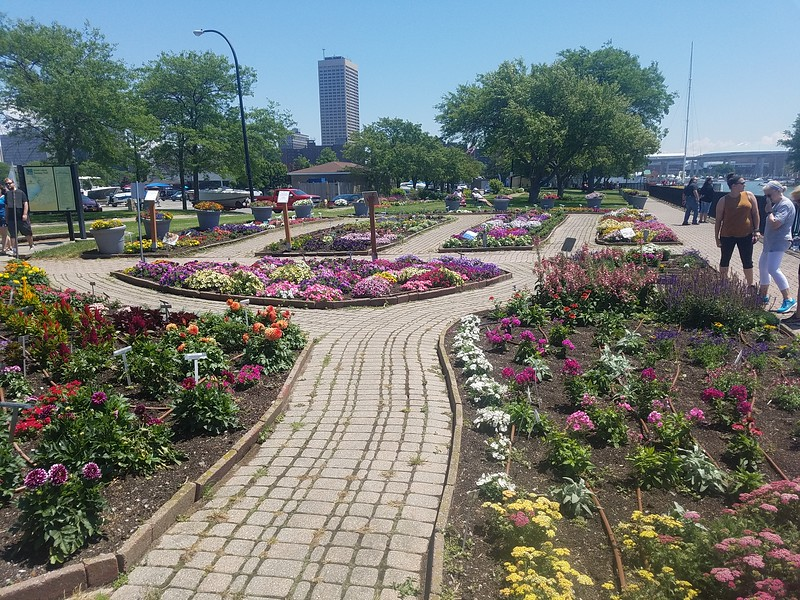 Fuzak Memorial Garden, Buffalo NY