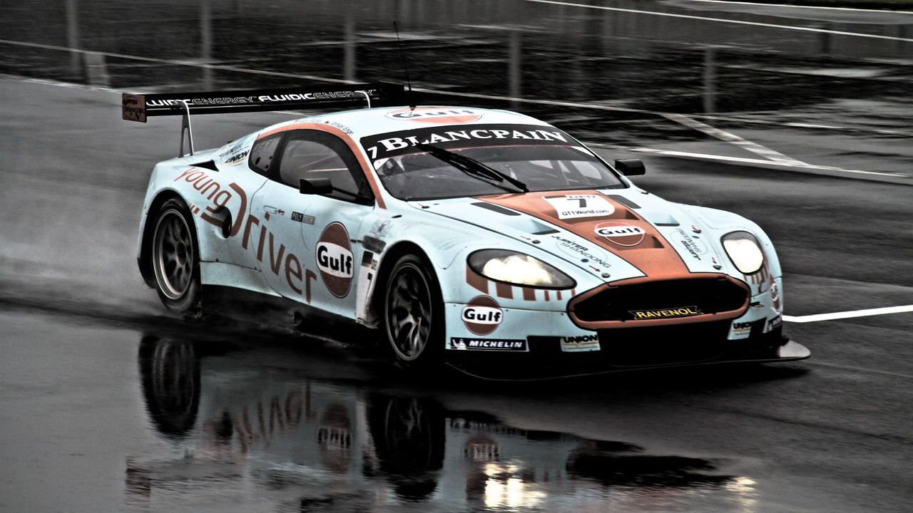 Young Driver Aston Martin DB9