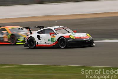 Porsche GT Team 911