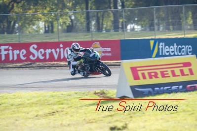 Australian_Superbike_Championship_Rnd3_Barbagallo_Sun_24 05 2015-10