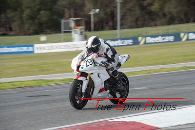 Rnd4_Weld_West_State_Roadracing_Championships_30 08 2015 -26