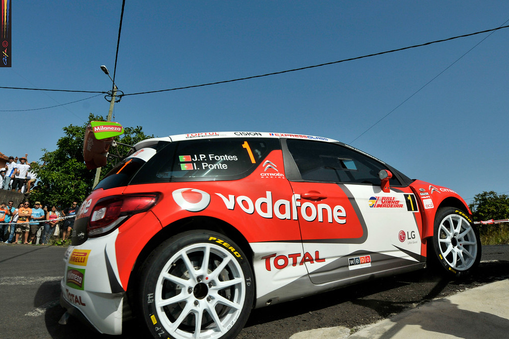 01 José Pedro FONTES Ines PONTES CITROEN DS3 R5  Action during the 2016 Rali VINHO MADEIRA from August 4 to 6, at Funchal Madeira Portugal - Photo Albano Loureiro / AIFA