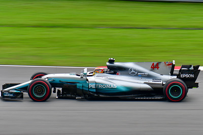 Mercedes-AMG Petronas Motorsport - Lewis Hamilton