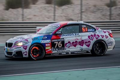 Racingdivas by Las Moras BMW M235i Racing Cup