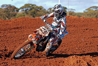 Southern_Cross_MCC_Seniors_08 08 2010_MX019