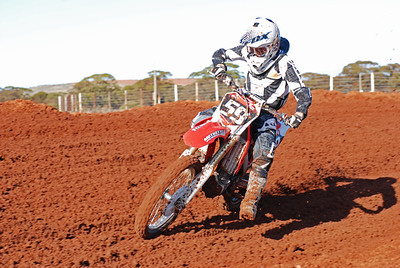 Southern_Cross_MCC_Seniors_08 08 2010_MX016