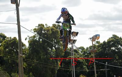Arenacross_Byford_Juniors_&_Seniors_12 11 2011_013