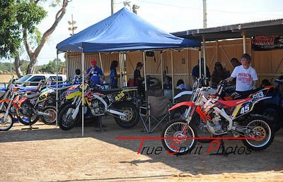 Arenacross_Byford_Juniors_&_Seniors_12 11 2011_002