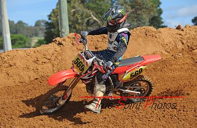 Arenacross_Byford_Juniors_&_Seniors_12 11 2011_010