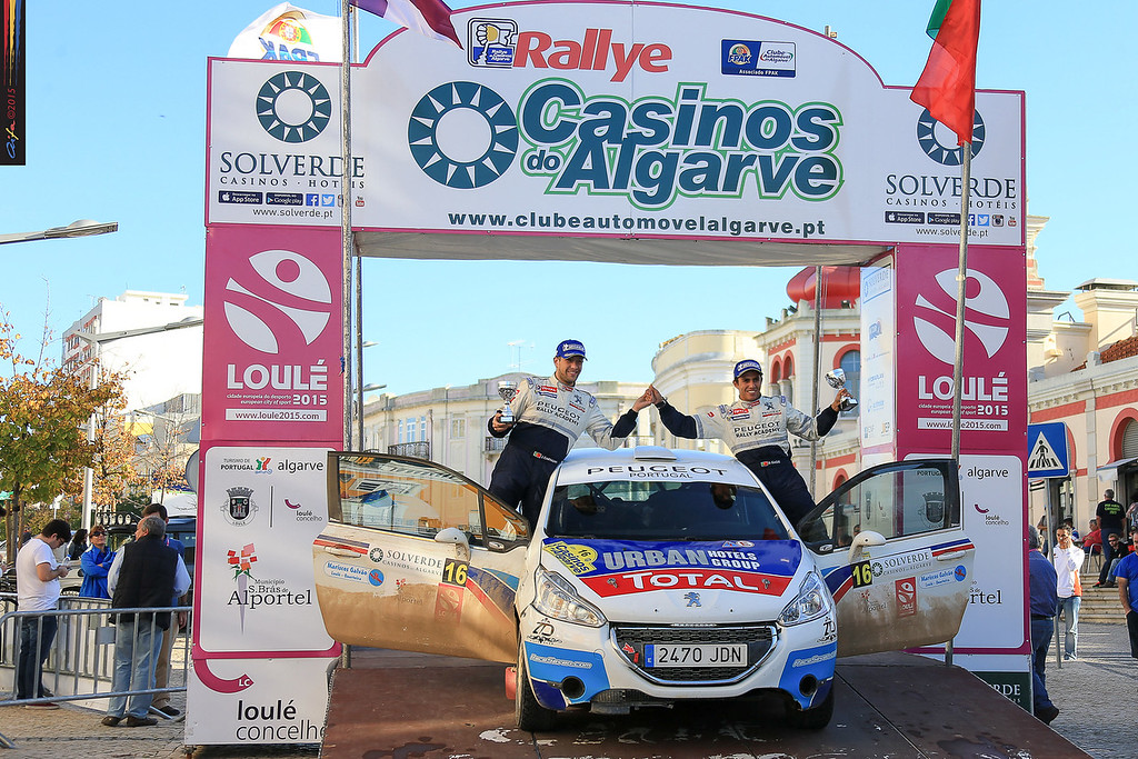 16 GAGO Diogo, CARVALHO Jorge PEUGEOT 208 R2 ambiance during the 2015 Rallye Casinos do Algarve, from November 7 to 8th, at Loulé, Portugal. Photo Jorge Cunha/ AIFA