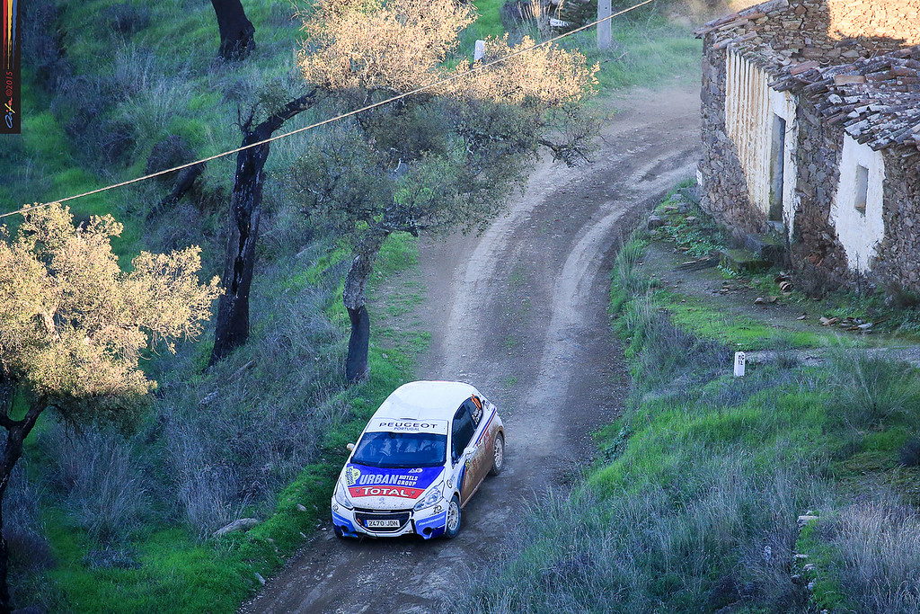 16 GAGO Diogo, CARVALHO Jorge PEUGEOT 208 R2 action during the 2015 Rallye Casinos do Algarve, from November 7 to 8th, at Loulé, Portugal. Photo Jorge Cunha/ AIFA