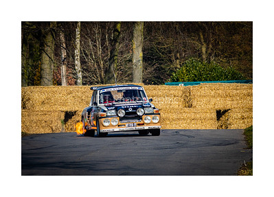 Flame spitting Renault 5 Maxi Turbo