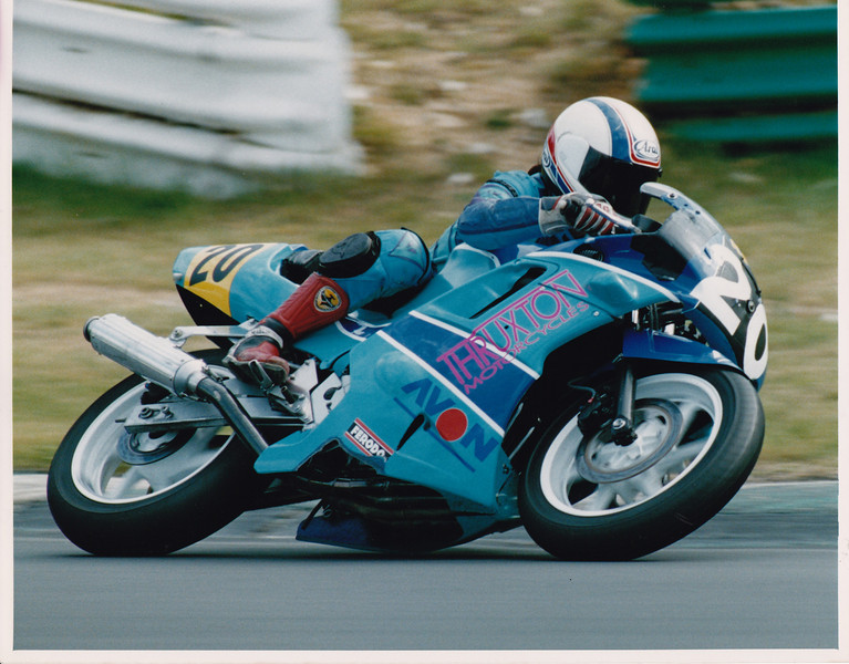 National Supersport Championship Brands Hatch 1993.  Thruxton Motorcycles Honda CBR600