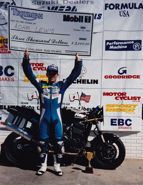 Mobil 1 Triumph Speed Triple Challenge. Road Atlanta, Georgia USA 1995