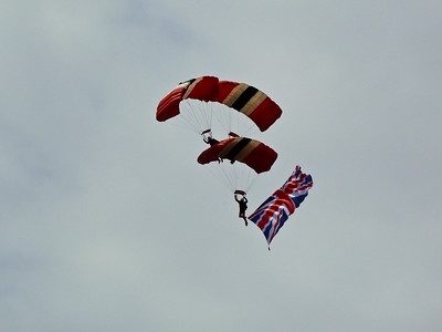Red Devils controlled canopy collision display