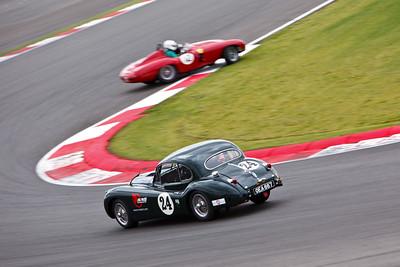 Jaguar XK140 (24), Ferrari 750 Monza (12)
