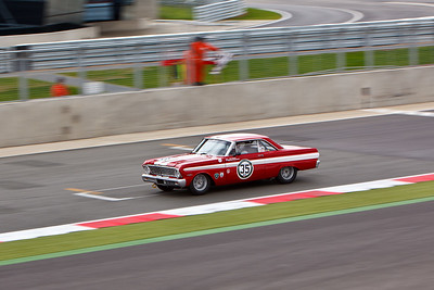 Ford Falcon Sprint, takes the chequered flag