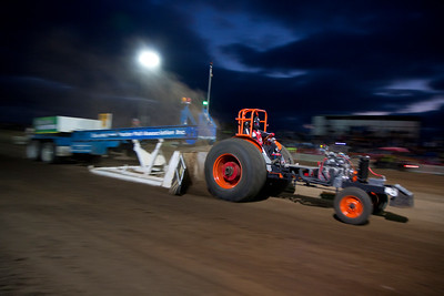 Tooradin Tractor Pull 2014