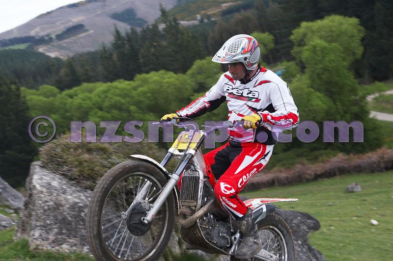20101024_121641_NZSN1641