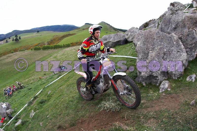 20101024_130441_NZSN1733
