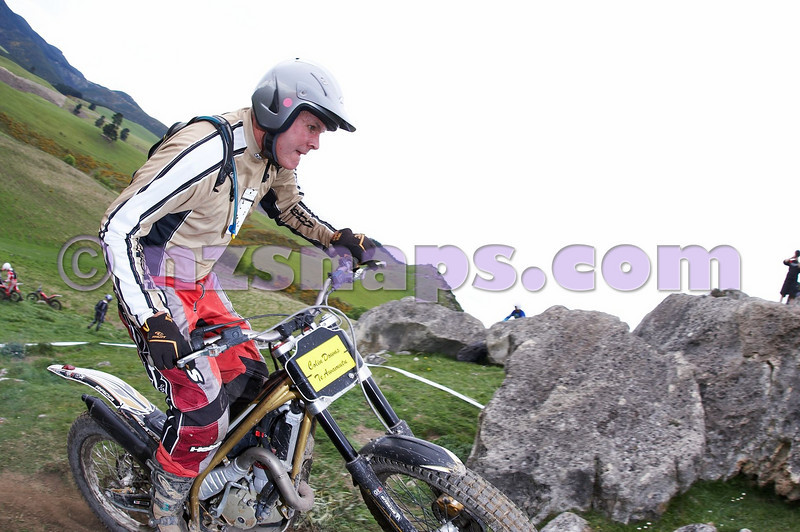 20101024_131136_NZSN1742