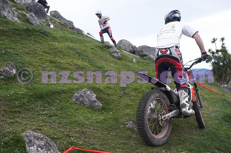 20101024_123603_NZSN1666