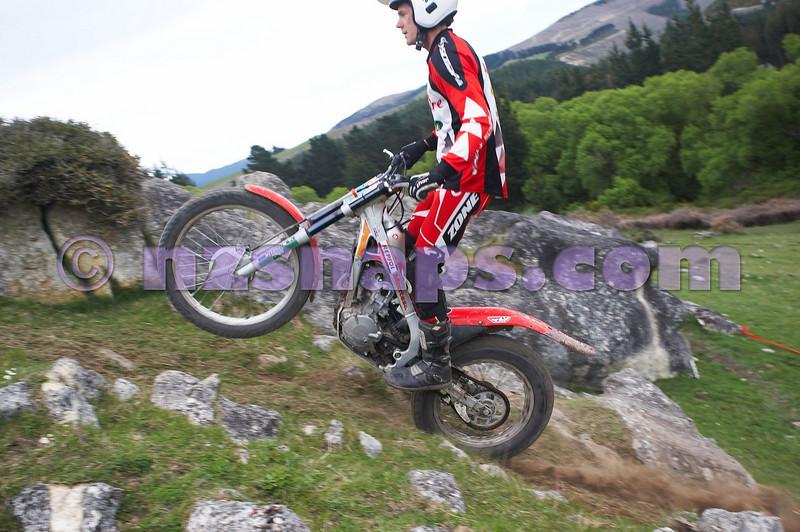 20101024_120531_NZSN1616