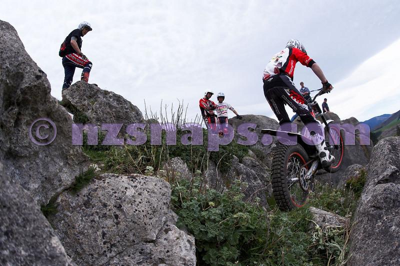 20101024_124841_NZSN1702