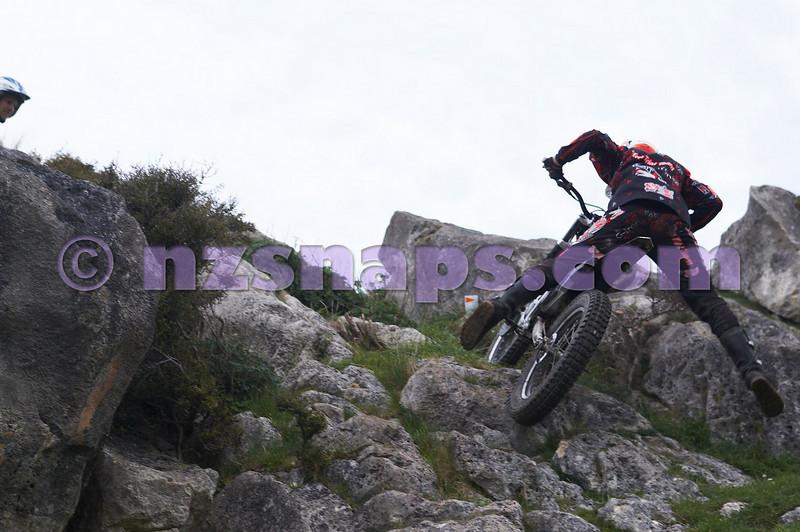 20101024_123937_NZSN1684