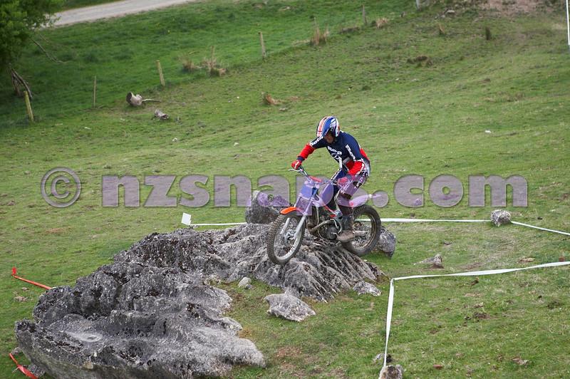 20101024_120657_NZSN1625
