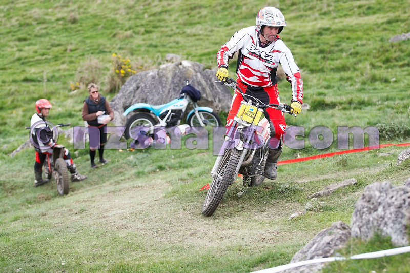 20101024_133946_NZSN1843