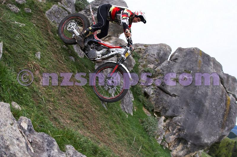 20101024_130456_NZSN1734
