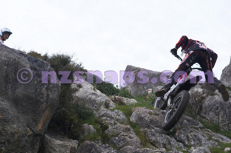20101024_123937_NZSN1683