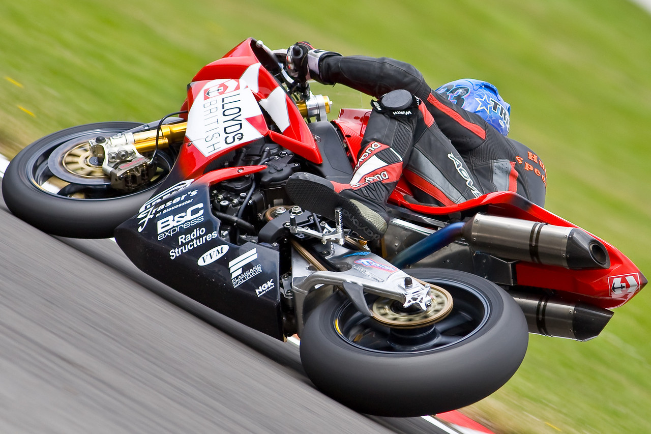 3395-SBK-Brands_Hatch-2nd_Aug