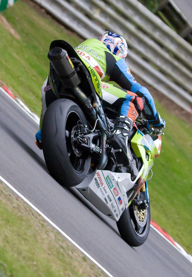 2703-SBK-Brands_Hatch-2nd_Aug