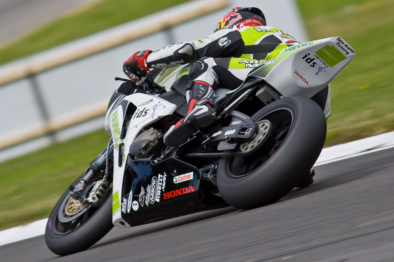 3387-SBK-Brands_Hatch-2nd_Aug