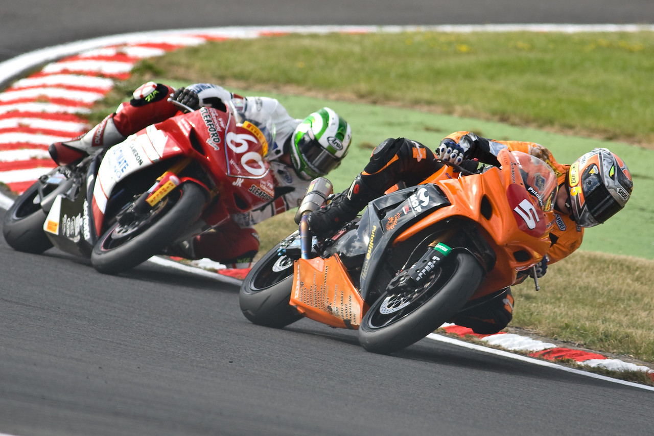 4181-SBK-Brands_Hatch-2nd_Aug