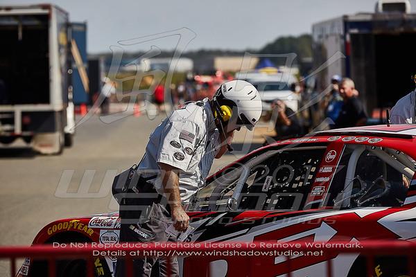 NASCAR K&N Series Just Drive 125 Fans