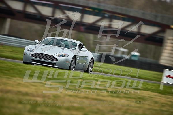 007 Silver Aston Martin