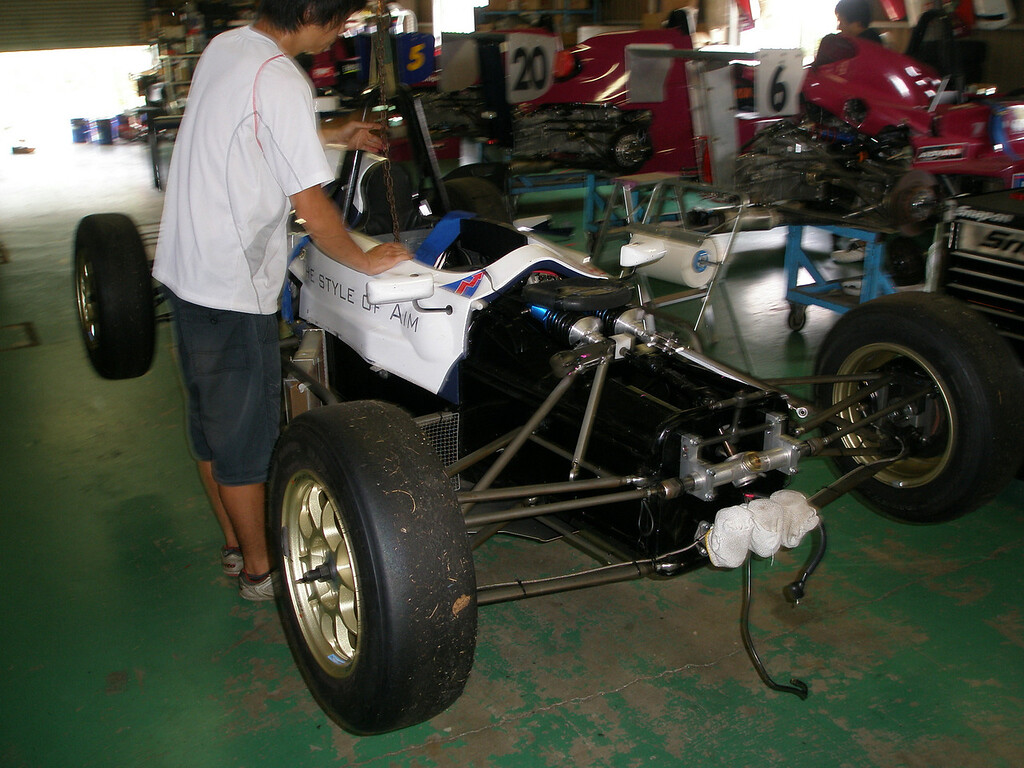 with crash stucture and front wing removed