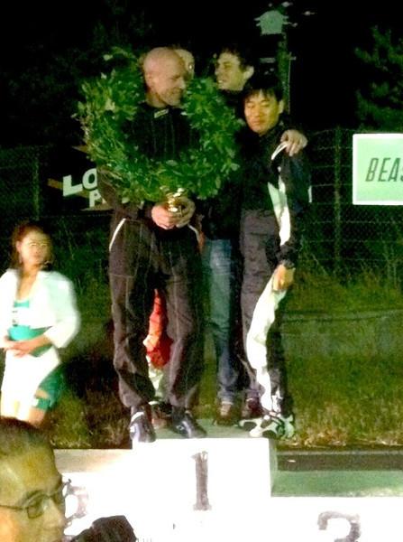 WE WIN!!, 6hr race, Nov 2010