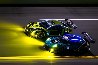 #12 Lexus RC F GT3 & #16 Porsche 911