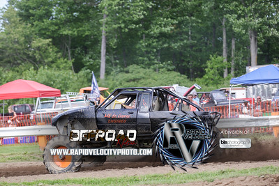 Barnyard_Throttle-KIng-8102_Saturday-06-04-16  by Brianna Morrissey  Find more photos at www.rapidvelocityphoto.com ©Rapid Velocity Photo & BLM Photography 2016