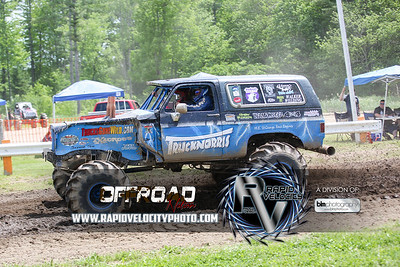 Barnyard_Throttle-KIng-6687_Saturday-06-04-16  by Brianna Morrissey  Find more photos at www.rapidvelocityphoto.com ©Rapid Velocity Photo & BLM Photography 2016