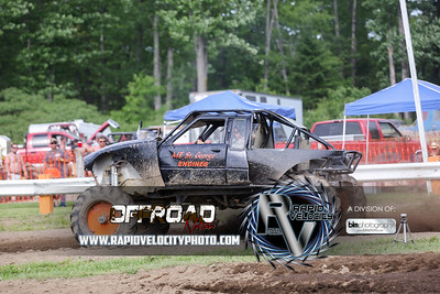 Barnyard_Throttle-KIng-8100_Saturday-06-04-16  by Brianna Morrissey  Find more photos at www.rapidvelocityphoto.com ©Rapid Velocity Photo & BLM Photography 2016
