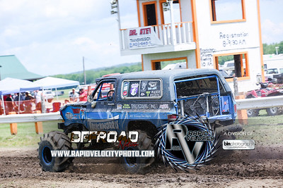 Barnyard_Throttle-KIng-6692_Saturday-06-04-16  by Brianna Morrissey  Find more photos at www.rapidvelocityphoto.com ©Rapid Velocity Photo & BLM Photography 2016