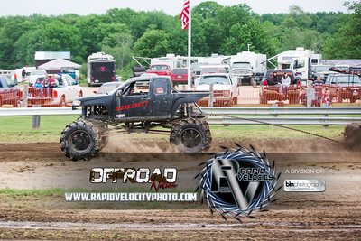 Barnyard_Throttle-KIng-8383_Sunday-06-05-16  by Brianna Morrissey  Find more photos at www.rapidvelocityphoto.com ©Rapid Velocity Photo & BLM Photography 2016
